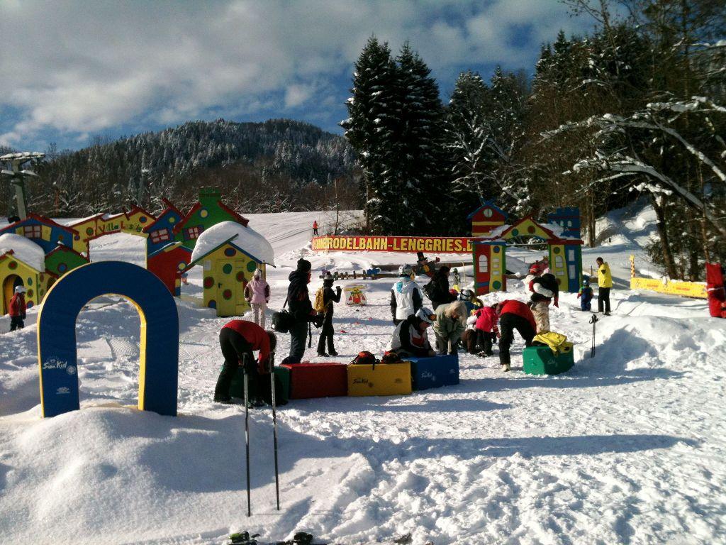 Skiurlaub mit Kindern in der Villa Lustig in Wegscheid - © bergeandmore
