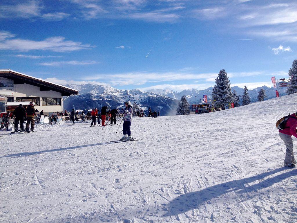 In der Nähe der Bergstation der Gondelbahn Hochzilltal