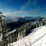 Winterwanderwege auf 1500 Meter Höhe auf dem Brauneck - © bergeandmore