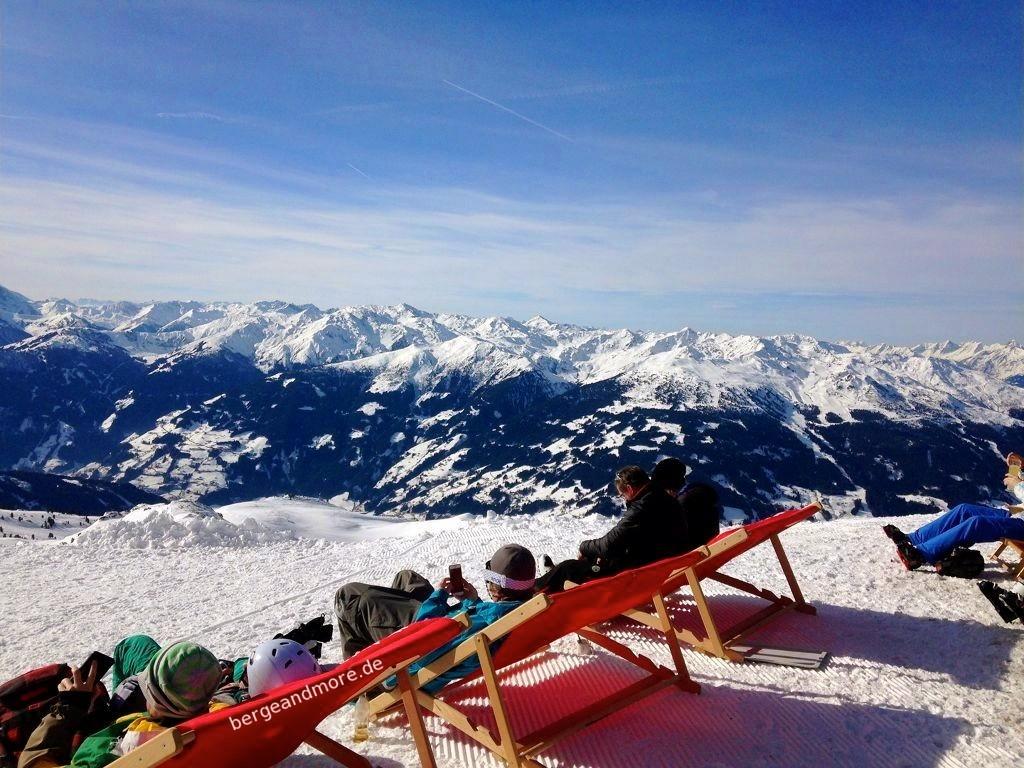 Panoramablicke Richtung Zillertal.
