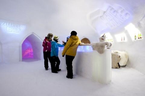 Skigebiet Ahorn WhiteLounge - © Mayrhofner Bergbahnen